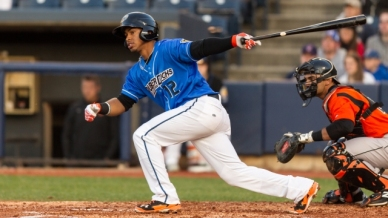 20140411_Game_Action_24_Lindor_640360_yey12i2j_5dog7di3