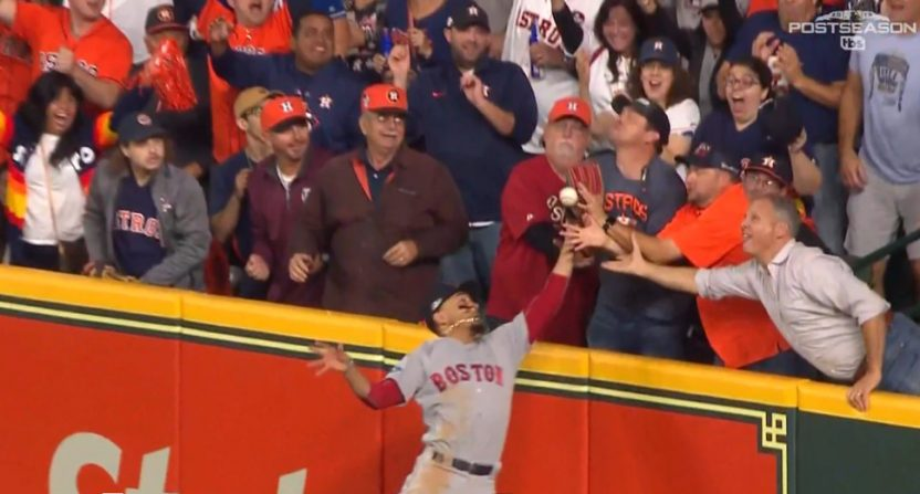 Astros-fan-interference-debate-832x447