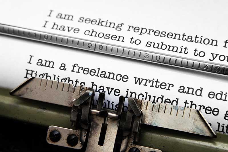 freelance-writing-typewriter